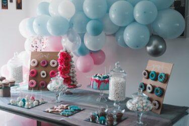 あやなん誕生日パーティーで夫しばなん謝罪!コムドット等参加YouTuberの自粛はいつまで?